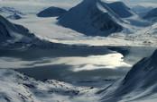 Il fiordo è ancora ghiacciato
